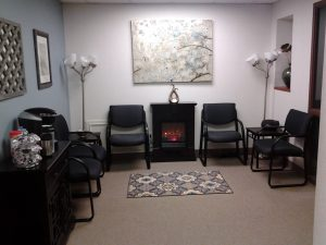 Waiting Room | Couples Therapy Office | Free Phone Consultation | Eleni Economides | Better Relationship Counseling | Rochester, NY 14625